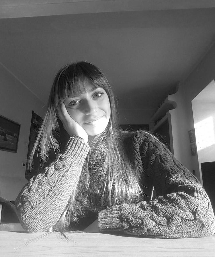 Maria Pettinato - Autore L'artefatto